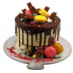 Chocolate Cake with Macaroons Toppings - 2 lbs